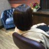 乾くと膨らむ髪質にはストレートパーマかければ乾かすだけになりますね
