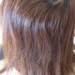 髪を軽くしてというオーダーは梳かれ過ぎてまとまり、手触り、ツヤを失います