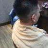 髪が全部立っているお客様は短く取っちゃいます(メンズです)