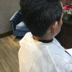 カラーするとまとまり悪くなる髪質、部分的にマニキュアで色を合わせます