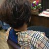 田丸さんショートヘアは襟元をできるだけ締めてバックのボリュームをだす