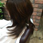 スタイリング剤の蓄積による髪のべたつきは炭酸泉とクレンジングで落とすことができます