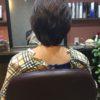 髪のクセによっては短くして梳いてまとめます